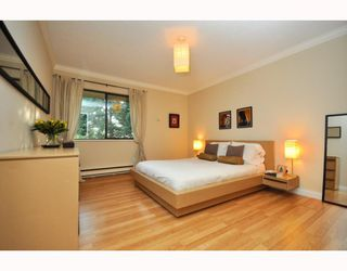 """Photo 17: 3402 COPELAND Avenue in Vancouver: Champlain Heights Townhouse for sale in """"COPELAND"""" (Vancouver East)  : MLS®# v804863"""