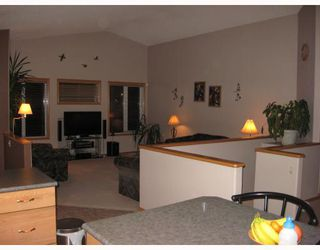 Photo 5: 36 MINIC Road in WSTPAUL: Middlechurch / Rivercrest Residential for sale (Winnipeg area)  : MLS®# 2901221