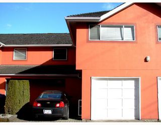 """Photo 1: 111 303 CUMBERLAND Street in New_Westminster: Sapperton Townhouse for sale in """"CUMBERLAND COURT"""" (New Westminster)  : MLS®# V754567"""