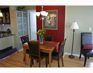 """Photo 6: 1006 833 AGNES Street in New_Westminster: Downtown NW Condo for sale in """"THE NEWS"""" (New Westminster)  : MLS®# V759639"""