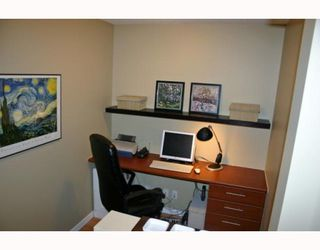 """Photo 10: 1006 833 AGNES Street in New_Westminster: Downtown NW Condo for sale in """"THE NEWS"""" (New Westminster)  : MLS®# V759639"""