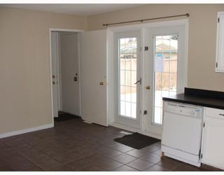 Photo 7:  in CALGARY: Huntington Hills Residential Detached Single Family for sale (Calgary)  : MLS®# C3372499