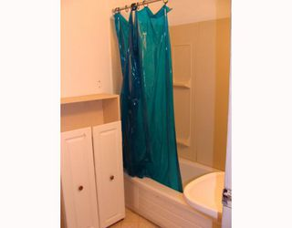 Photo 8:  in CALGARY: Huntington Hills Residential Detached Single Family for sale (Calgary)  : MLS®# C3372499