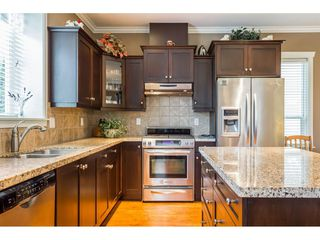 "Photo 8: 7904 211B Street in Langley: Willoughby Heights House for sale in ""Yorkson"" : MLS®# R2393290"