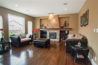 Photo 7: 27 Farnsworth Crescent in Winnipeg: River Park South Residential for sale (2F)  : MLS®# 1922377