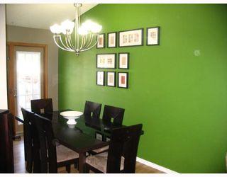 Photo 4: 38 BLACKWATER Bay in WINNIPEG: St Vital Residential for sale (South East Winnipeg)  : MLS®# 2914579
