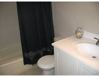 Photo 8: 38 BLACKWATER Bay in WINNIPEG: St Vital Residential for sale (South East Winnipeg)  : MLS®# 2914579