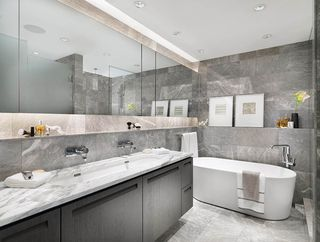 """Photo 2: 203 6333 WEST BOULEVARD in Vancouver: Kerrisdale Condo for sale in """"MCKINNON"""" (Vancouver West)  : MLS®# R2414135"""