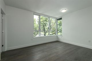 """Photo 5: 203 6333 WEST BOULEVARD in Vancouver: Kerrisdale Condo for sale in """"MCKINNON"""" (Vancouver West)  : MLS®# R2414135"""