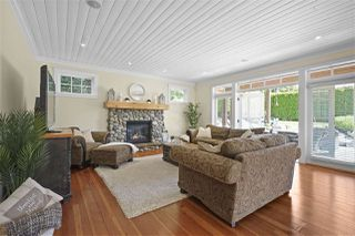 "Photo 15: 12722 17A Avenue in Surrey: Crescent Bch Ocean Pk. House for sale in ""Ocean Park"" (South Surrey White Rock)  : MLS®# R2454311"