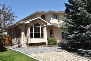 Main Photo: 740 Burton Crescent in Edmonton: Zone 14 House for sale : MLS®# E4197714