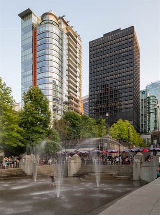 Photo 34: 403 1169 W CORDOVA STREET in Vancouver: Coal Harbour Condo for sale (Vancouver West)  : MLS®# R2475805