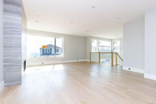 Photo 3: 2442 Azurite Cres in : La Bear Mountain House for sale (Langford)  : MLS®# 855513