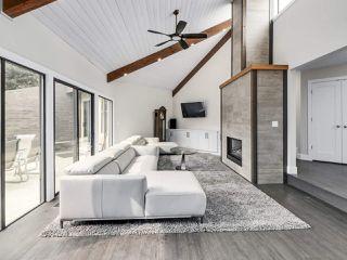 Photo 1: 281 CENTENNIAL Parkway in Delta: Boundary Beach House 1/2 Duplex for sale (Tsawwassen)  : MLS®# R2498112