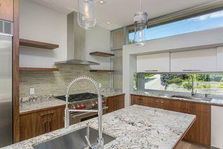 Photo 8: 15048 BUENA VISTA AVENUE in South Surrey White Rock: White Rock Home for sale ()  : MLS®# R2181064
