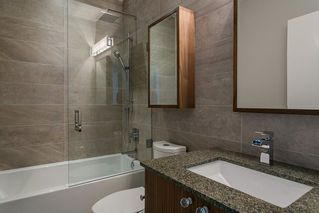 Photo 16: 15048 BUENA VISTA AVENUE in South Surrey White Rock: White Rock Home for sale ()  : MLS®# R2181064