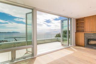 Photo 2: 15048 BUENA VISTA AVENUE in South Surrey White Rock: White Rock Home for sale ()  : MLS®# R2181064