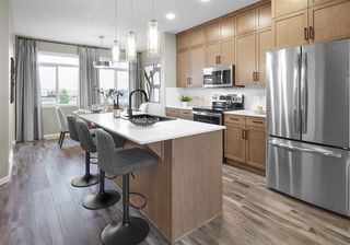 Photo 2: 3413 Erlanger Bend in Edmonton: Zone 57 House for sale : MLS®# E4217373