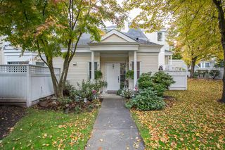 "Photo 3: 33 12500 MCNEELY Drive in Richmond: East Cambie Townhouse for sale in ""FRANCISCO VILLAGE"" : MLS®# R2512866"