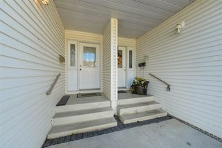 Photo 3: 104 4610 50 Avenue: Stony Plain Townhouse for sale : MLS®# E4220190