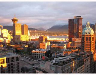 """Photo 1: 2702 188 KEEFER Place in Vancouver: Downtown VW Condo for sale in """"ESPANA"""" (Vancouver West)  : MLS®# V812039"""