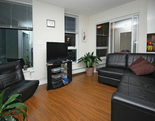 "Photo 2: 2702 188 KEEFER Place in Vancouver: Downtown VW Condo for sale in ""ESPANA"" (Vancouver West)  : MLS®# V812039"
