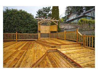Photo 10: 4140 ST PAULS Avenue in North Vancouver: Upper Lonsdale House for sale : MLS®# V820349