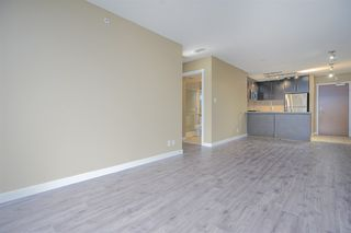 Photo 5: 2102 660 NOOTKA Way in Port Moody: Port Moody Centre Condo for sale : MLS®# R2403696