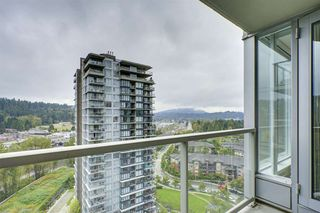 Photo 9: 2102 660 NOOTKA Way in Port Moody: Port Moody Centre Condo for sale : MLS®# R2403696