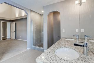 Photo 22: 864 SHAWNEE Drive SW in Calgary: Shawnee Slopes Detached for sale : MLS®# C4282551