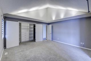 Photo 18: 864 SHAWNEE Drive SW in Calgary: Shawnee Slopes Detached for sale : MLS®# C4282551