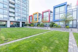 "Photo 19: 1606 6658 DOW AVE Avenue in Burnaby: Metrotown Condo for sale in ""MODA"" (Burnaby South)  : MLS®# R2430580"