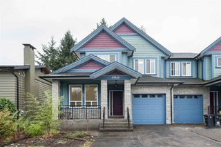 Main Photo: 19420 117 Avenue in Pitt Meadows: South Meadows House 1/2 Duplex for sale : MLS®# R2430827