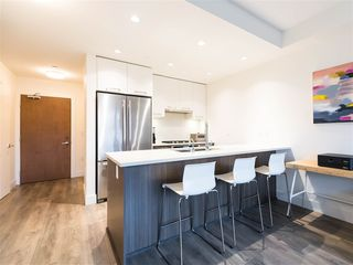 Main Photo: 318 8580 RIVER DISTRICT Crossing in Vancouver: South Marine Condo for sale (Vancouver East)  : MLS®# R2433790