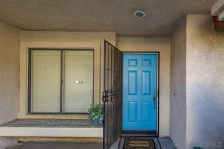 Photo 2: TEMECULA House for sale : 4 bedrooms : 35185 Momat Ave in Wildomar