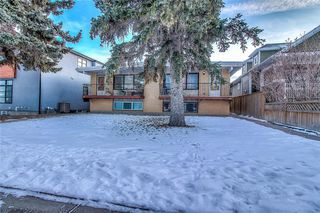 Photo 3: 607 24 Avenue NW in Calgary: Mount Pleasant Duplex for sale : MLS®# C4291194