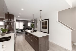 """Photo 4: 2120 ST JOHNS Street in Port Moody: Port Moody Centre Townhouse for sale in """"EDGESTONE"""" : MLS®# R2453878"""