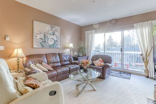 "Photo 4: 223 13911 70 Avenue in Surrey: East Newton Condo for sale in ""CANTEBURY GREEN"" : MLS®# R2456341"