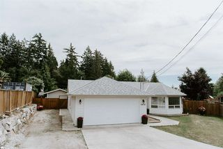 Photo 20: 5474 CARNABY Place in Sechelt: Sechelt District House for sale (Sunshine Coast)  : MLS®# R2497267