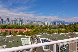 "Photo 22: 4 1063 W 7TH Avenue in Vancouver: Fairview VW Townhouse for sale in ""MARINA TERRACE"" (Vancouver West)  : MLS®# R2501596"