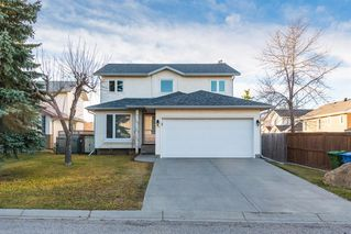 Main Photo: 24 hawktree Green NW in Calgary: Hawkwood Detached for sale : MLS®# A1040866