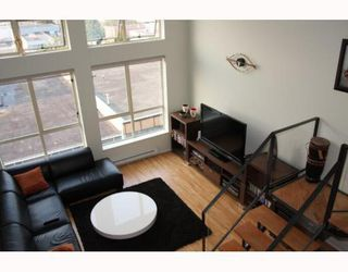 """Photo 4: 405 338 W 8TH Avenue in Vancouver: Mount Pleasant VW Condo for sale in """"LOFT 338"""" (Vancouver West)  : MLS®# V785630"""