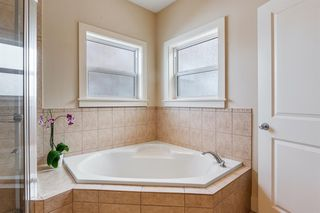 Photo 24: 2214 Broadview Road NW in Calgary: West Hillhurst Semi Detached for sale : MLS®# A1042467