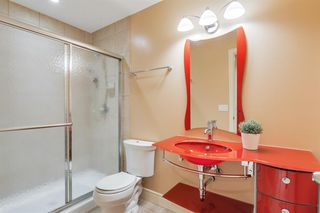 Photo 35: 2214 Broadview Road NW in Calgary: West Hillhurst Semi Detached for sale : MLS®# A1042467