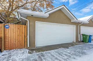 Photo 42: 2214 Broadview Road NW in Calgary: West Hillhurst Semi Detached for sale : MLS®# A1042467
