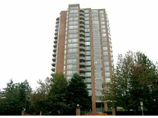 Photo 1: 402 4350 BERESFORD Street in Burnaby: Metrotown Condo for sale (Burnaby South)  : MLS®# V825262