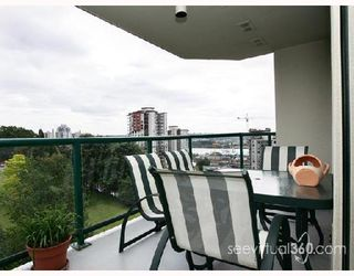 "Photo 7: 1001 121 10TH Street in New_Westminster: Uptown NW Condo for sale in ""Vista Royale"" (New Westminster)  : MLS®# V718899"