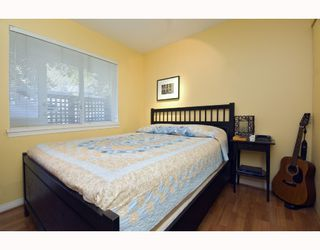 "Photo 6: 101 555 W 14TH Avenue in Vancouver: Fairview VW Condo for sale in ""CAMBRIDGE PLACE"" (Vancouver West)  : MLS®# V736986"