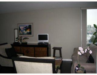 Photo 4: 703 193 AQUARIUS MEWS BB in Vancouver: False Creek North Condo for sale (Vancouver West)  : MLS®# V752387