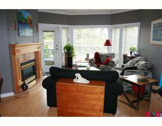 "Photo 4: 308 34101 OLD YALE Road in Abbotsford: Central Abbotsford Condo for sale in ""YALE TERRACE"" : MLS®# F2908815"